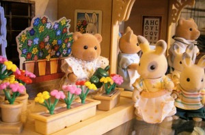 old sylvanian families collection flower shop figure