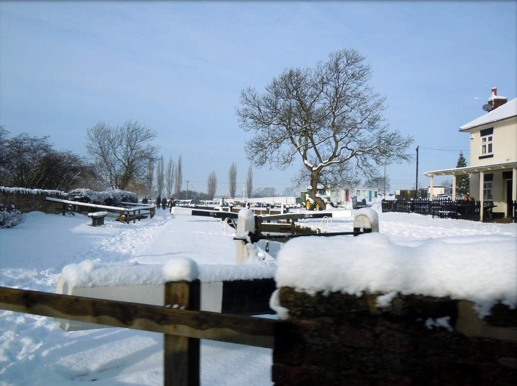 Canal, Trent & Mersey canal Lock, Ice & Snow On Canal Lock,